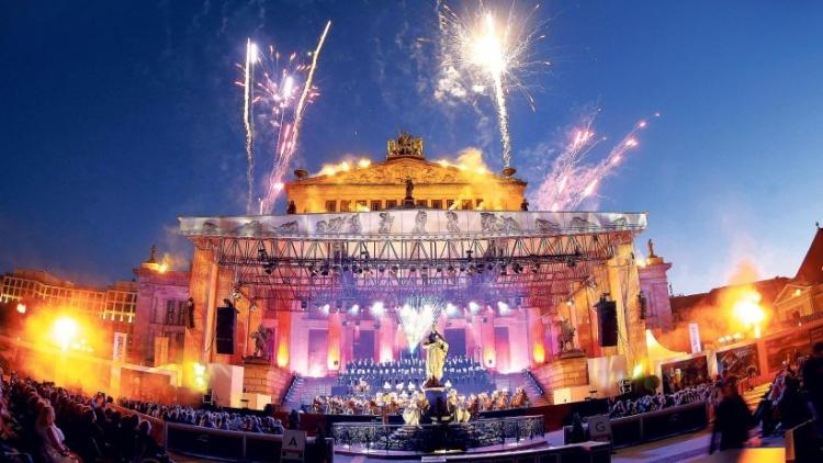 Festival muzica in aer liber