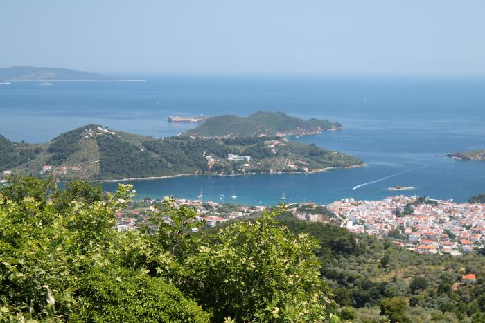 Orasul Skiathos
