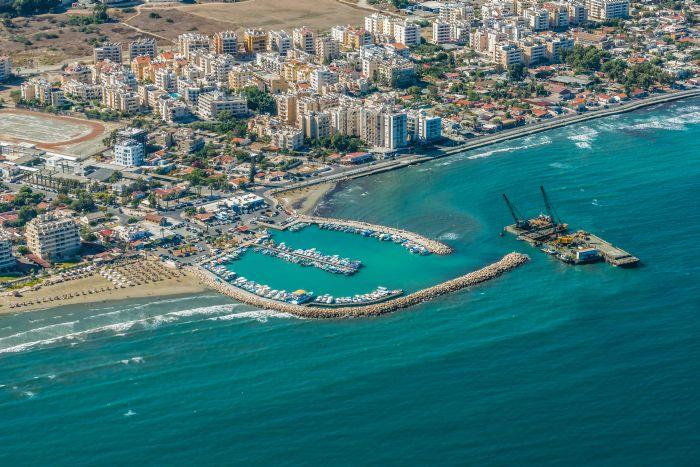 Plaja Kastella Larnaca Cipru