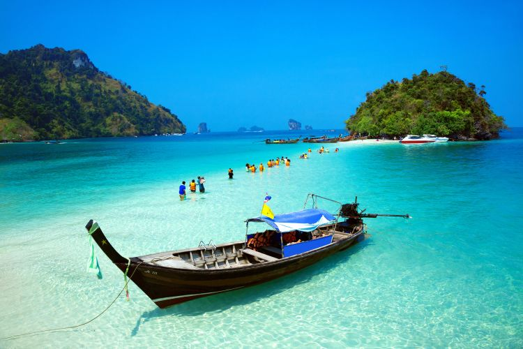 Tropical beach Krabi_Thailand