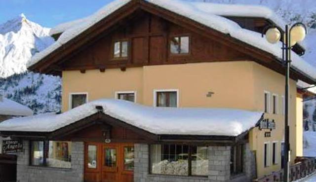 Hotel-Angelo.jpg