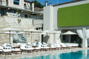 SALVATOR VILLAS & SPA_01