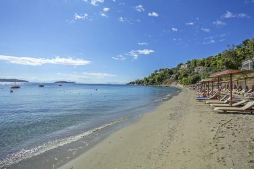 Plaja Megalos Vassilias