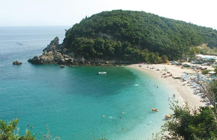 Plaja AGIOS SOSTIS