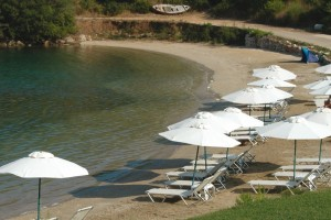 Plaja MIKRI AMMOS